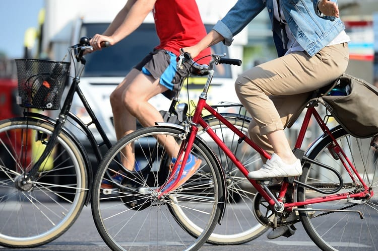 HOW ARE COMMUTING BIKES DIFFERENT FROM OTHERS?