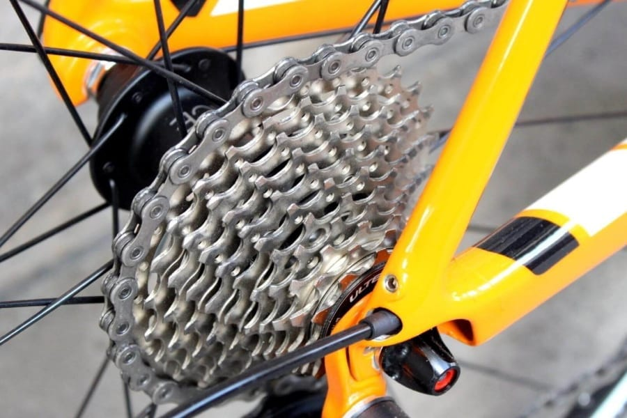 Adjusting bike gears