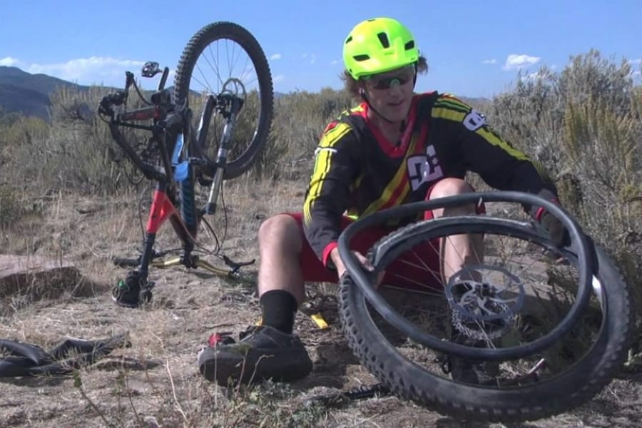 How To Change A Mountain Bike Tire?