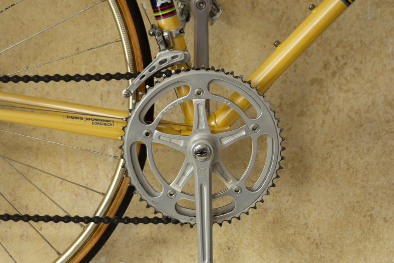 take care of hydraulic disc brakes featured image