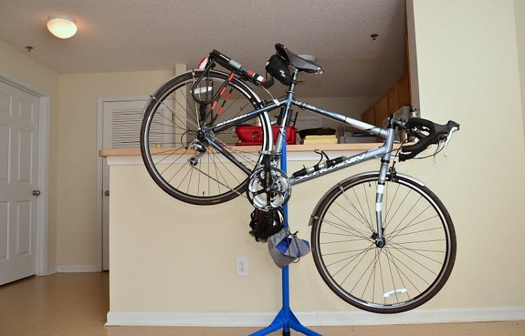 repair stand as a storage