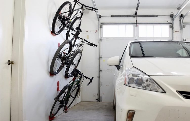 garage wall with stagered bike rack